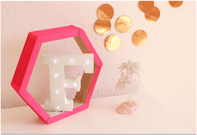 DIY Hexagon-Regal
